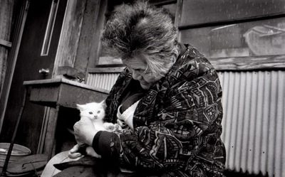 2003 woman and cat 2407645k